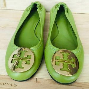 Tory Burch green leather reva flats